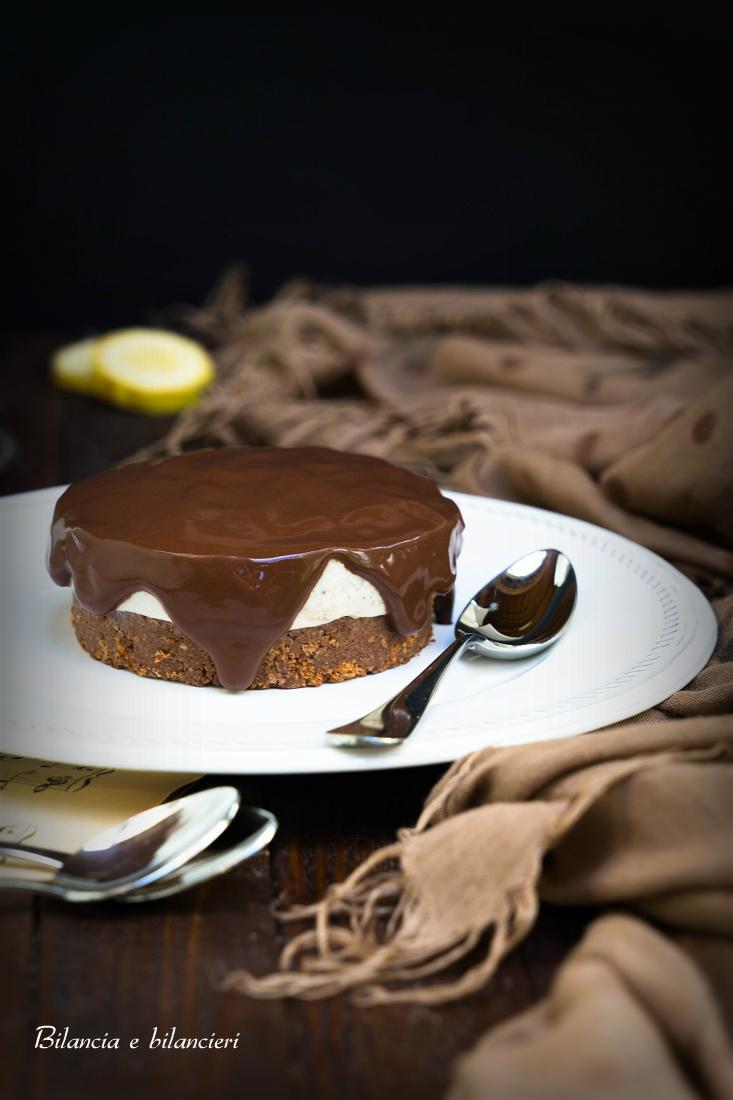 Cheesecake alla Crema di Banana con Topping al Cacao