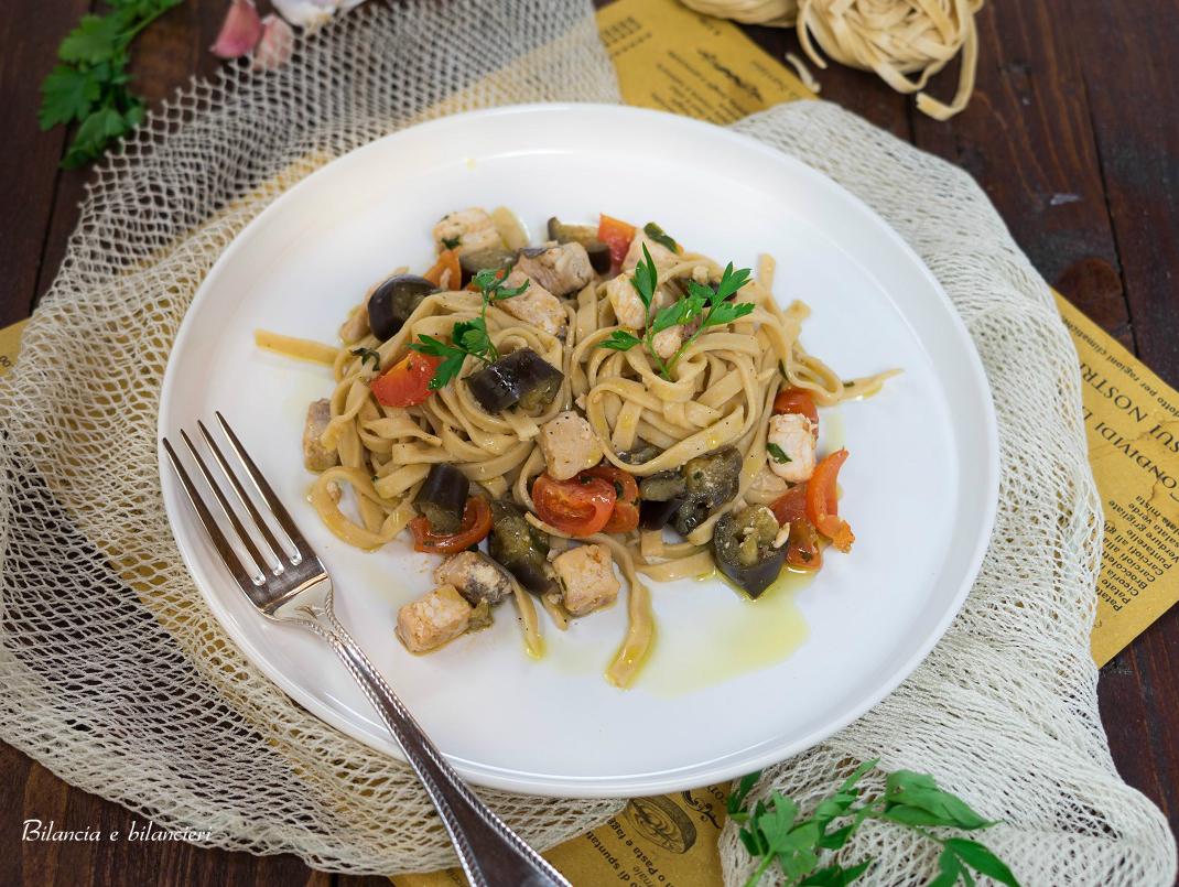 Fettuccine con pesce spada e melanzane al funghetto