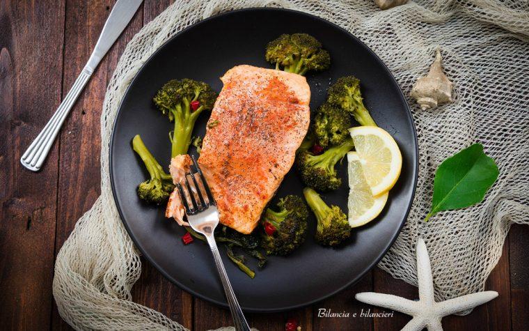 Filetto di salmone con broccoli siciliani