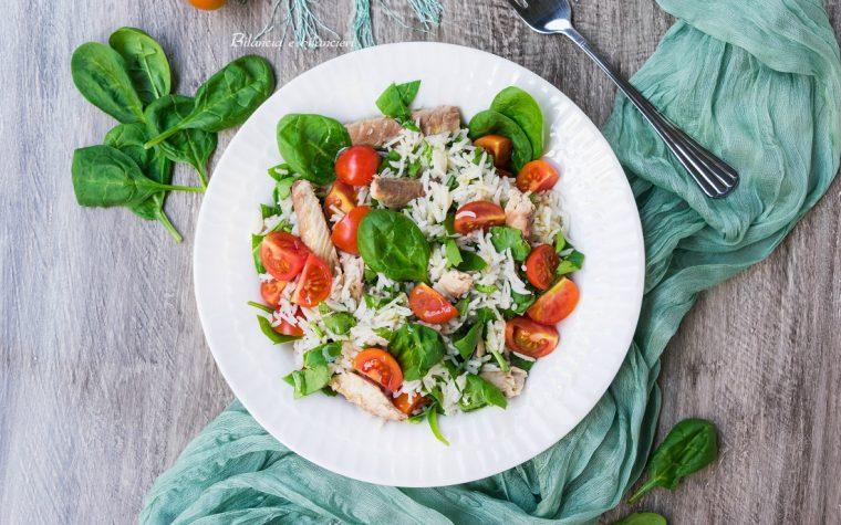 Insalata di riso basmati con sgombro spinacino novello e pomodorini