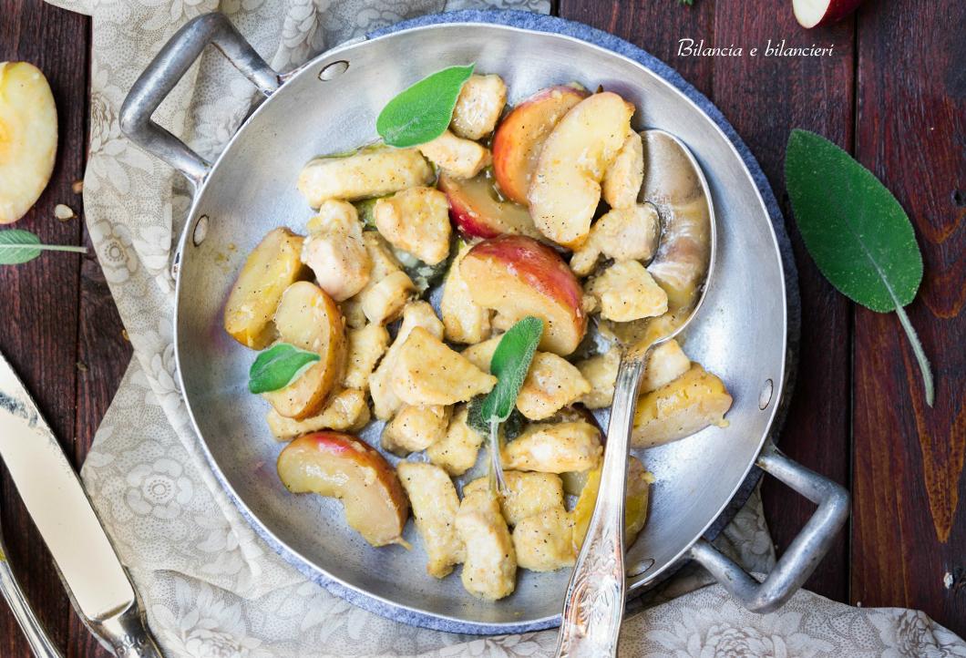 Bocconcini di pollo al curry con le mele annurca