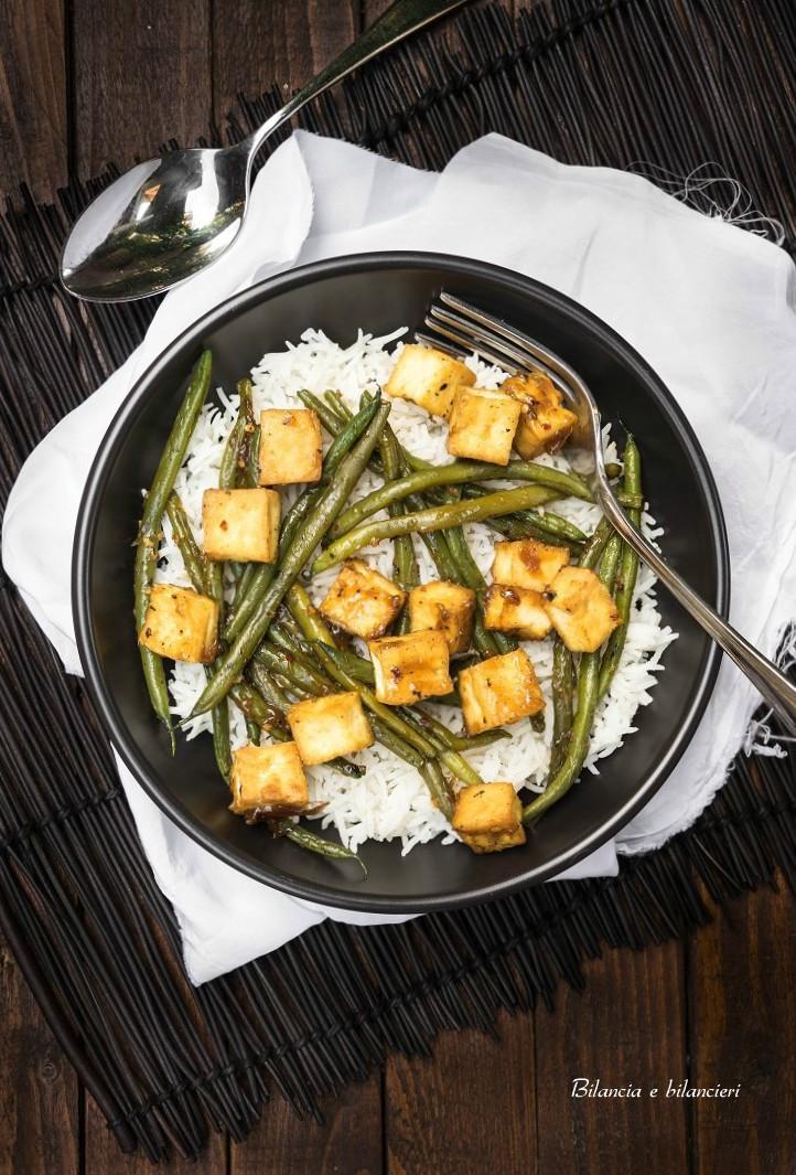 Riso basmati con tofu e fagiolini in salsa allo zenzero for Cucinare zenzero