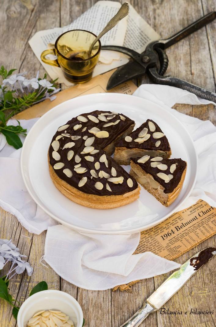 Tortina Pancake alla Pera con Crema Calda al Cacao