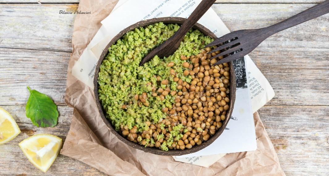 Cous cous di cavolfiore con lenticchie in crema di sesamo