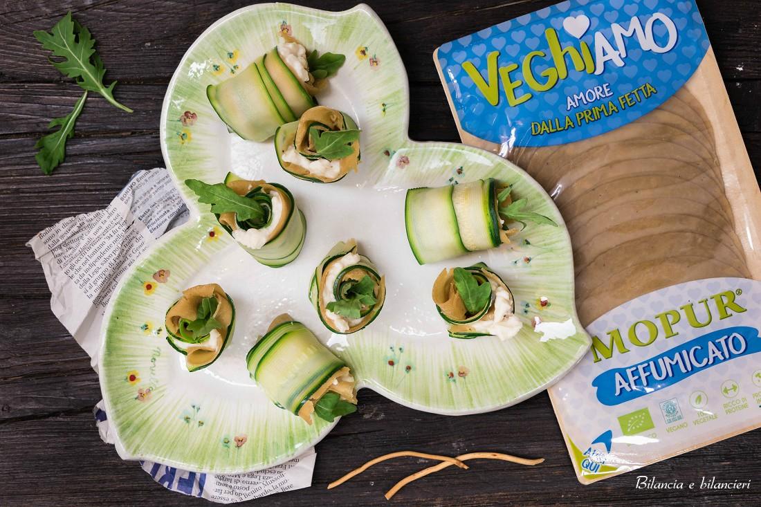 Maki all'italiana di zucchine e Veghiamo Mopur affumicato