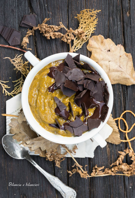 Mousse di zucca e banana al doppio cioccolato fondente