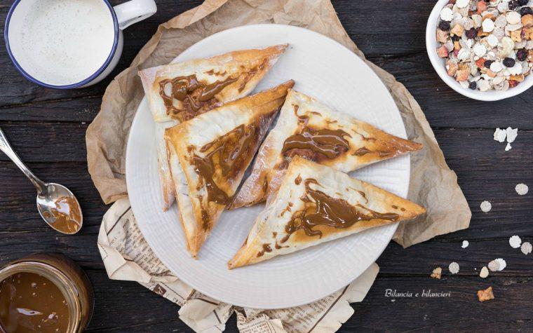 Fagottini di pasta fillo con crema vegan e muesli proteico