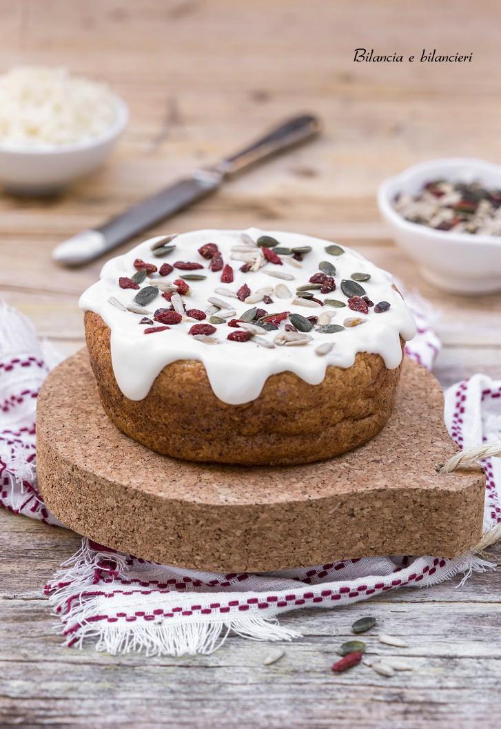 Pancake al cavolfiore con crema di formaggio vegan e semi
