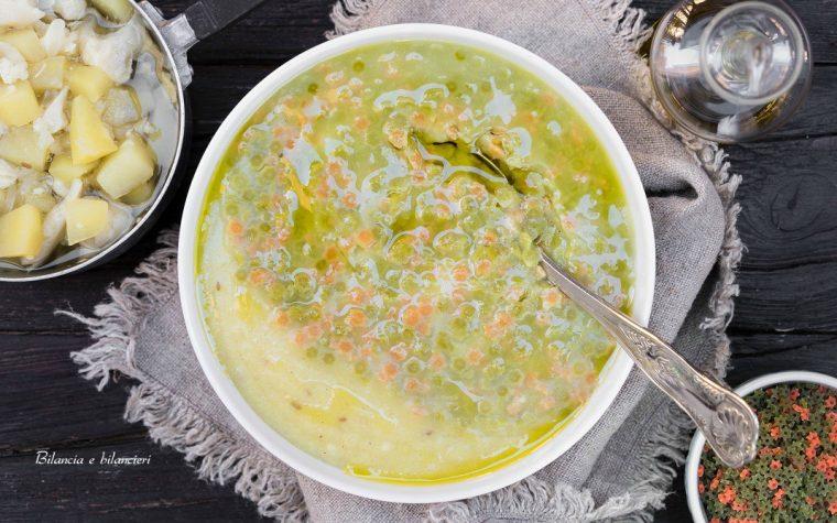 Vellutata di cavolfiore e patate con pastina di legumi
