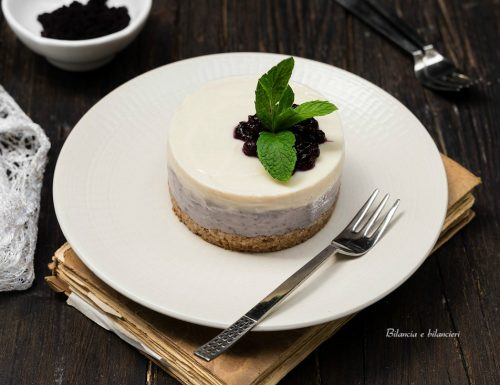 Cheesecake alla soia con acai e maca