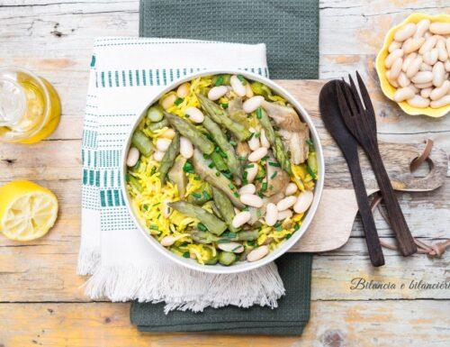 Insalata di riso basmati con asparagi carciofi e fagioli cannellini