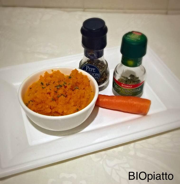 Salsa di carote al limone e scalogno
