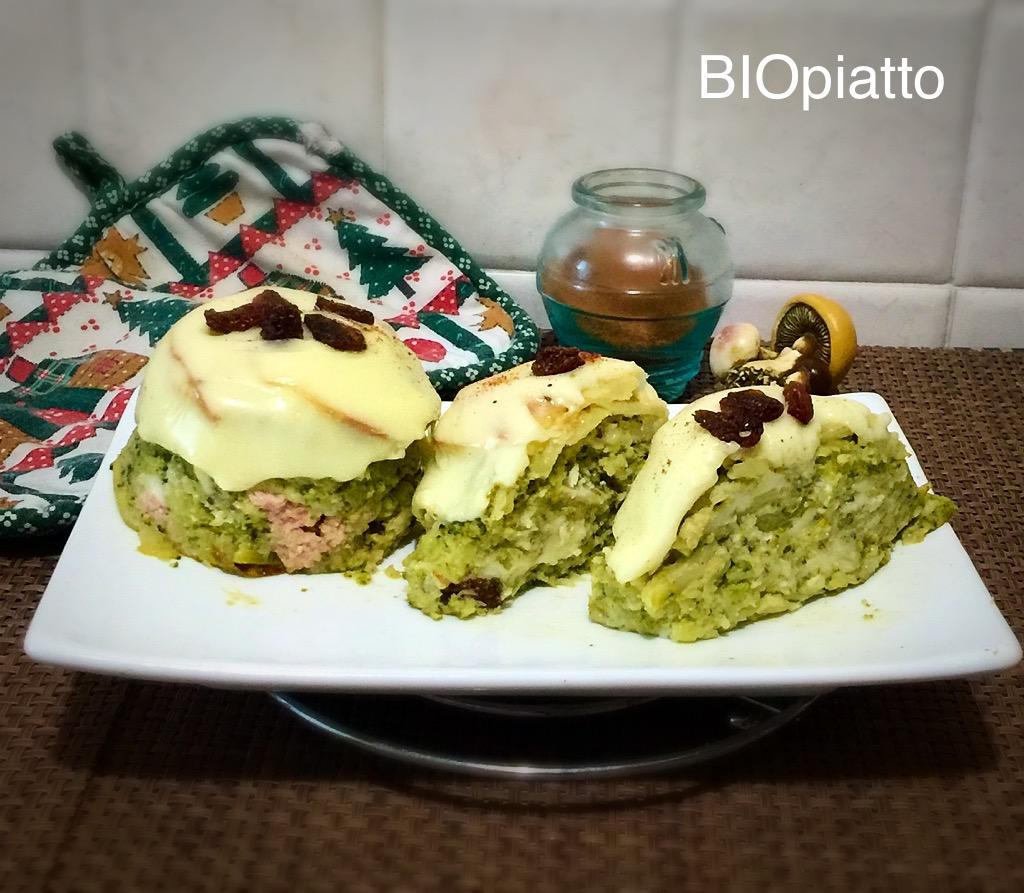 Muffin di soli broccoli e formaggio fuso profumati alla noce moscata