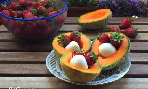 Melone mozzarella e fragole