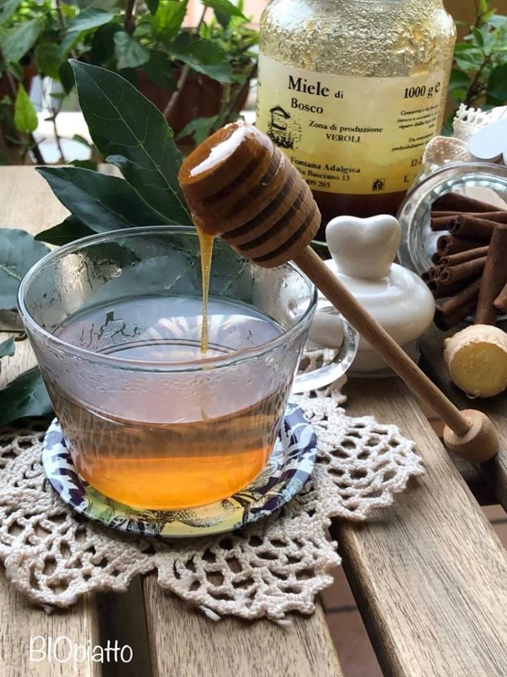 tè alla cannella e foglie di alloro per perdere peso