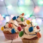 Cupcakes con luci di Natale