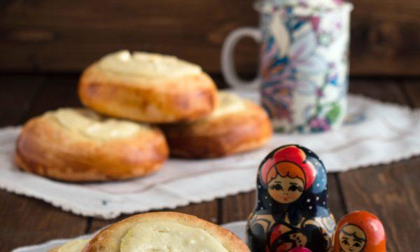 Vatrushki – dolci russi alla ricotta