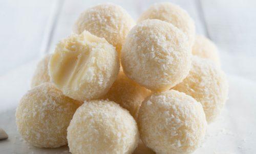 Tartufini al cocco e cioccolato bianco