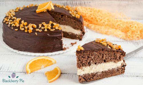 Torta al cioccolato e arancia con crema Chantilly