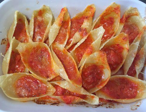 Conchiglioni con crema di peperoni
