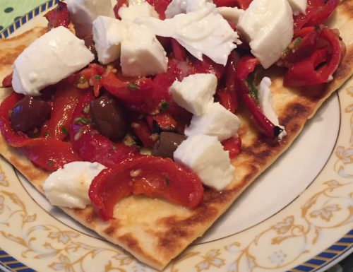 Peperoni con bufala e olive