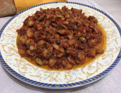 Caponata siciliana di melanzane fritte