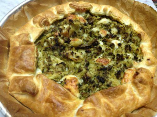 Torta rustica con broccoli e provola affumicata
