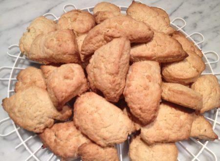 Biscotti semplici da inzuppo tradizionali