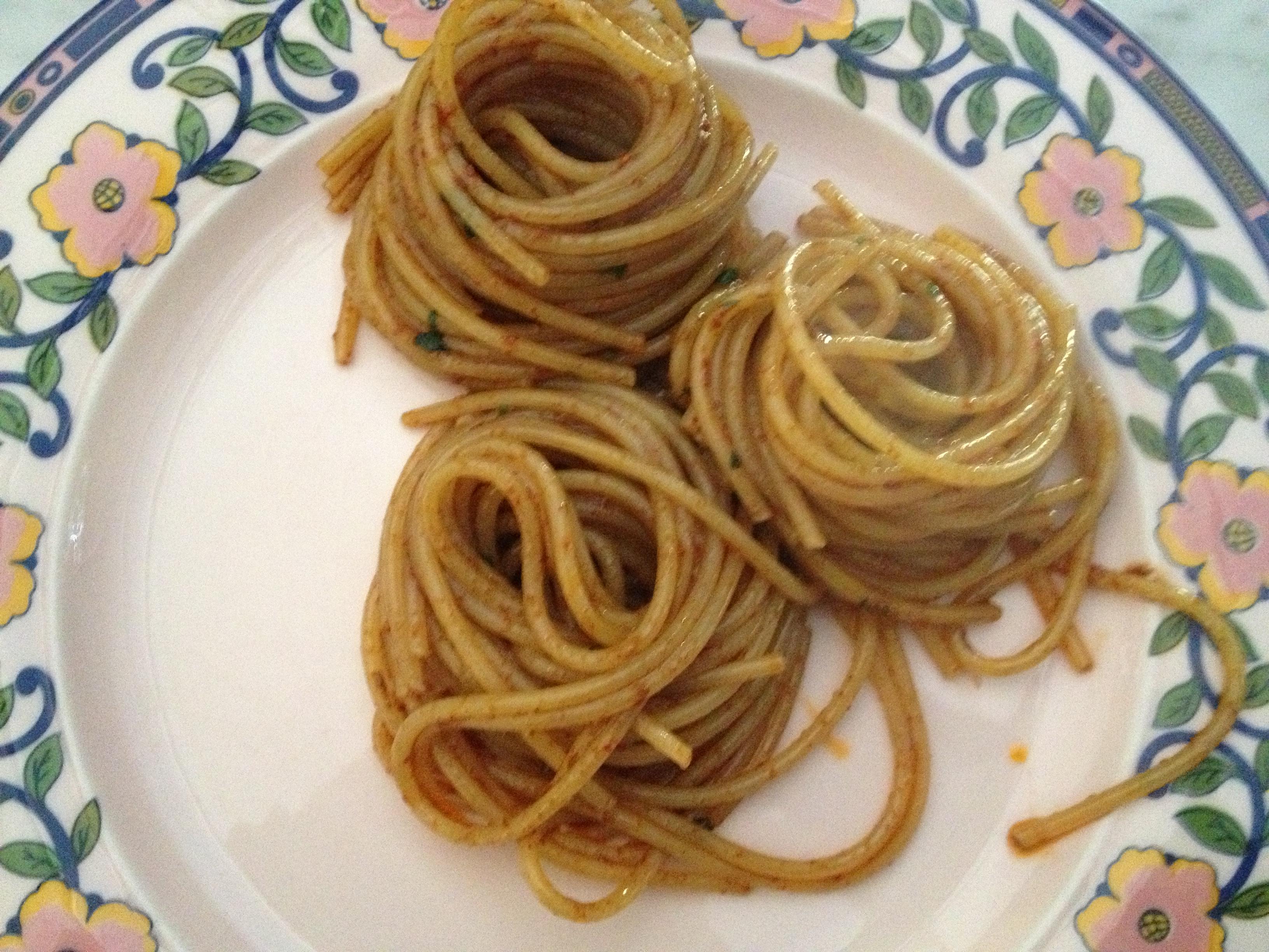 Spaghetti con sardella o neonata