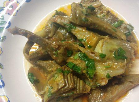 Carciofi in umido ricetta vegetariana
