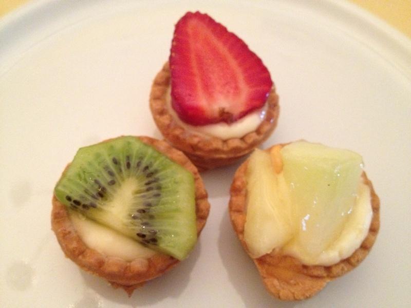 Tartellette con crema alla frutta
