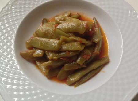 Fagiolini o piattoni verdi in umido