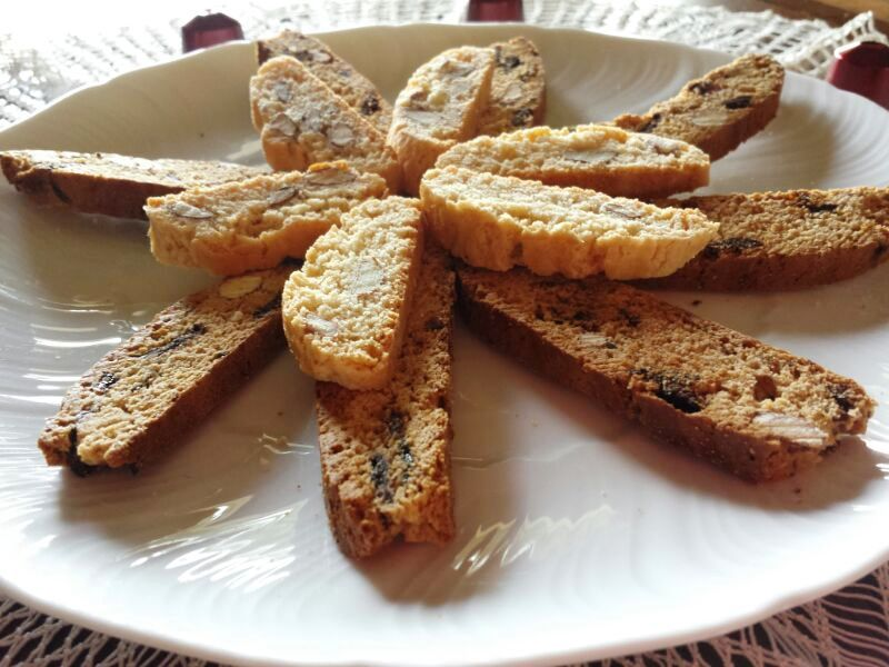 Biscotti tozzetti calabresi alle mandorle
