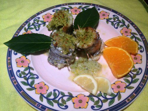 Involtini aromatici di pesce sciabola