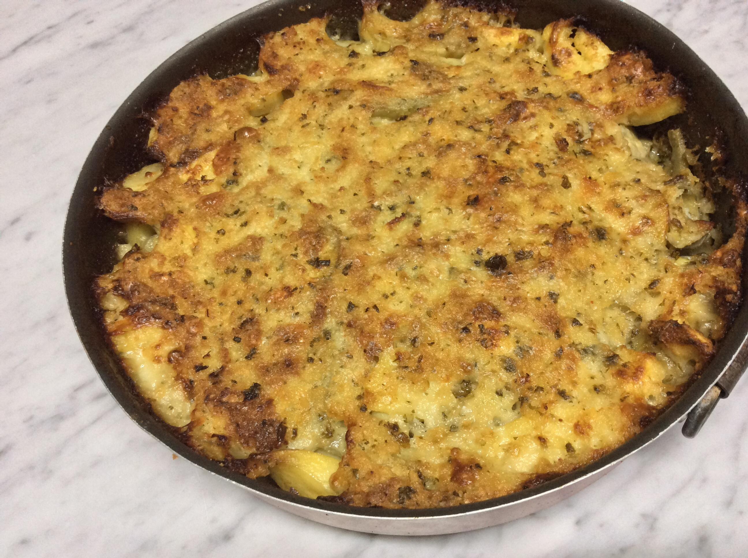 Patate e carciofi in teglia al forno