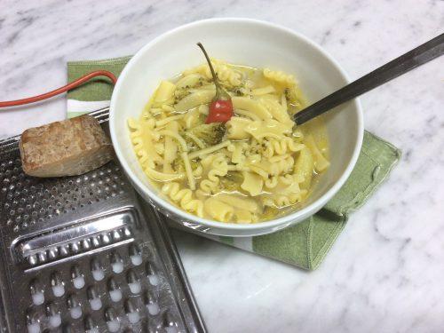 Minestra di pasta e broccoli ricetta semplice
