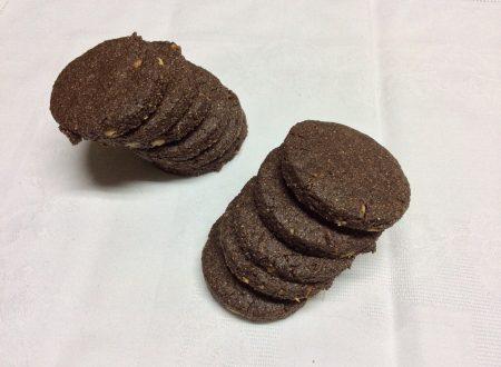 Biscotti con farina di farro e cacao