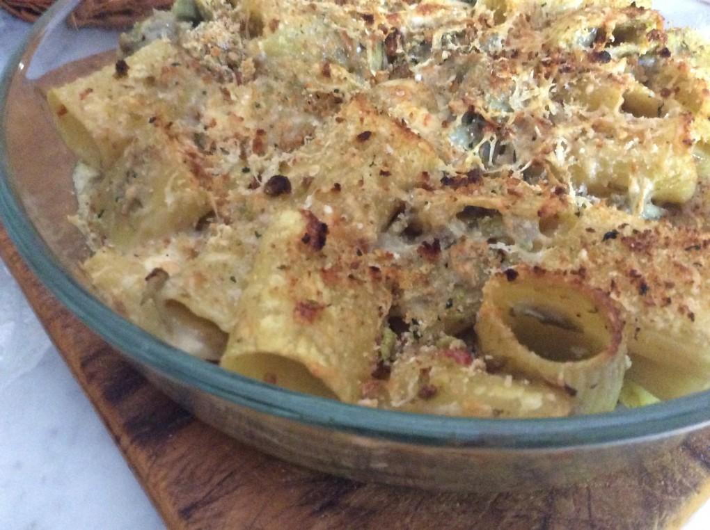 Pasta con carciofi gratinata al forno