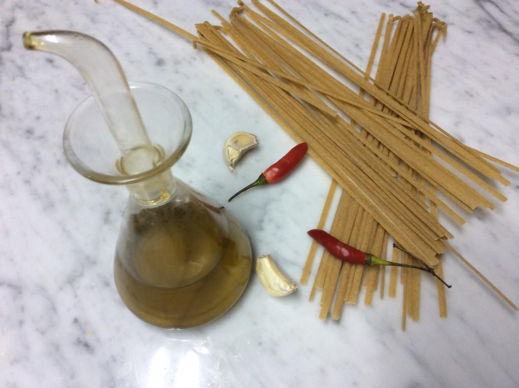Struncatura con aglio ,olio e mollica