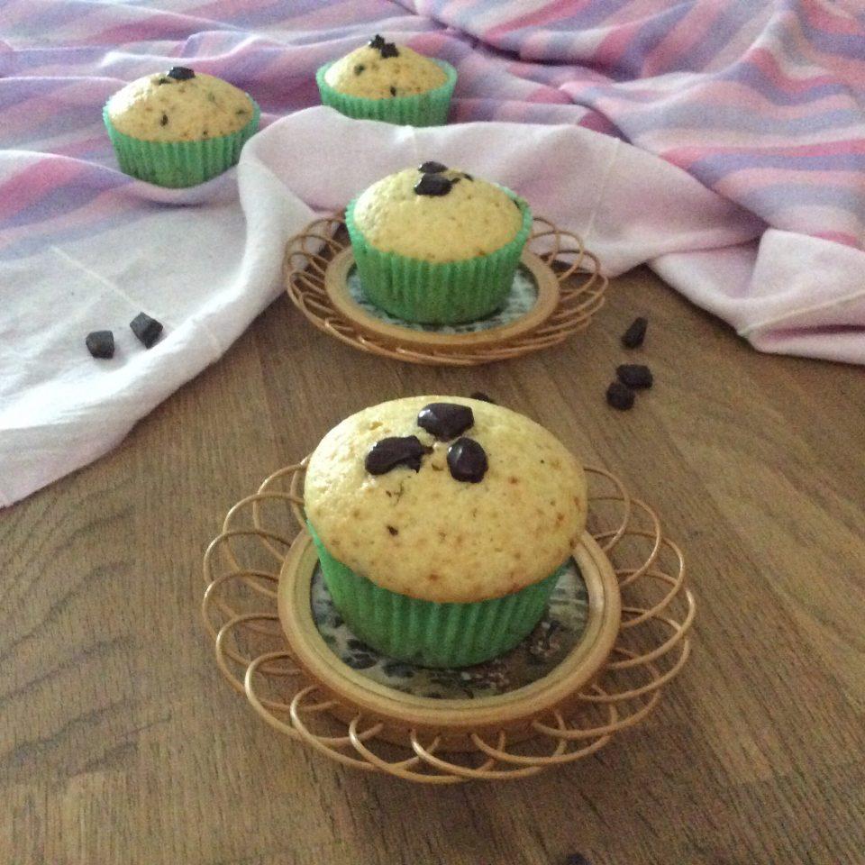 Muffins golosi con gocce di cioccolato
