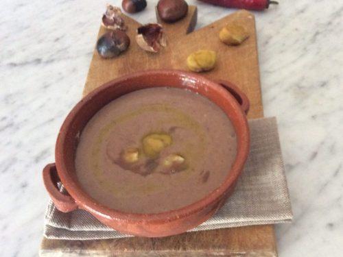 Vellutata di fagioli e castagne ricetta contadina