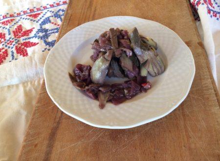 Carciofi con cipolle e vino rosso
