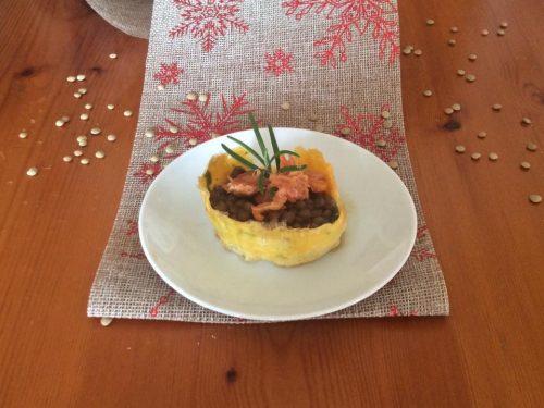 Cestini di patate con lenticchie e briciole di cotechino