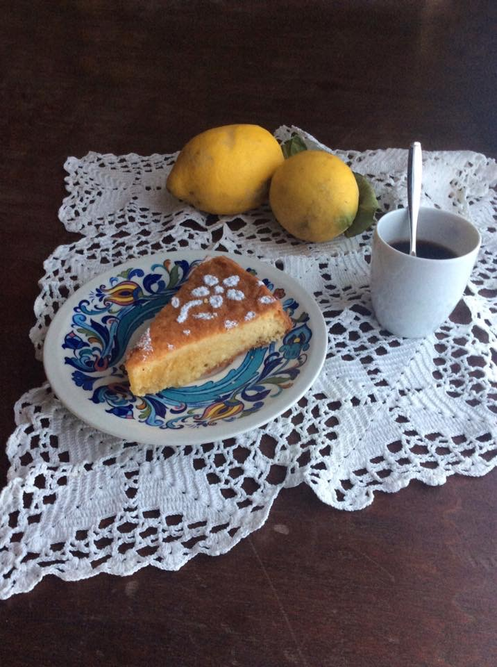 Torta caprese con limoni profumati