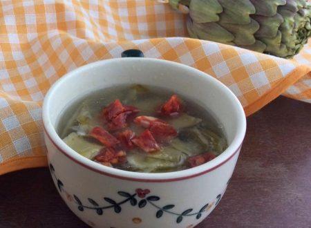 Zuppa di carciofi ricetta delicata e saporita