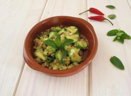 Sauza di zucchine piatto gustoso calabria in tavola