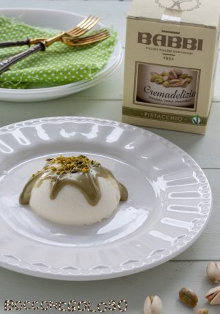 Panna cotta - ricetta classica, facile e veloce