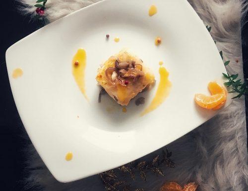 Filetto di baccalà con cipolle rosse e crema di clementine