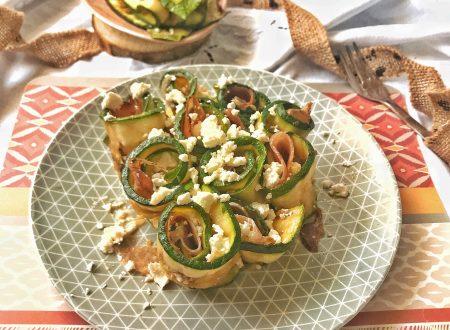 Rotolini di zucchine con feta e speck
