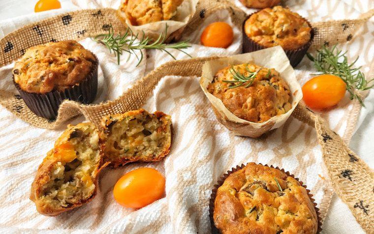 Muffin salati con pomodorini gialli funghi ed erbette